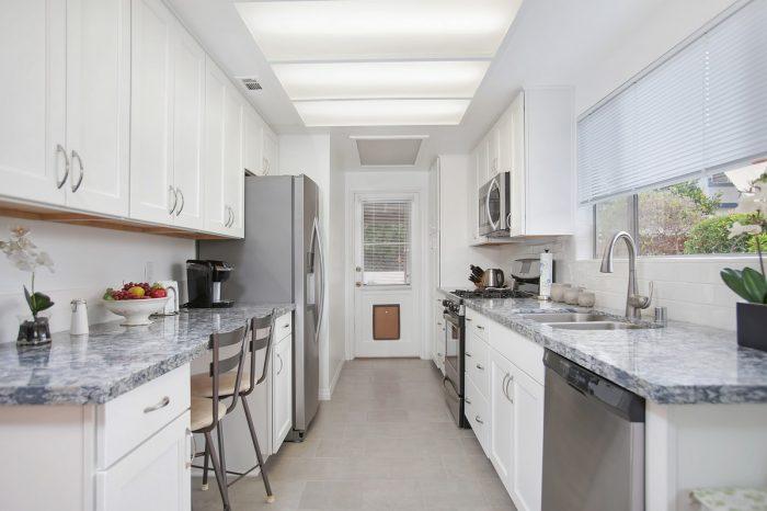Alma maple kitchen for Miramar kitchen and bath
